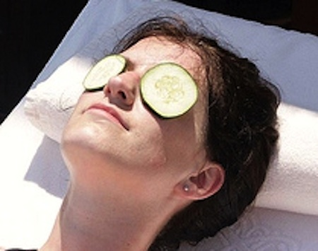 CucumberDarkCircleGP 5 Solutions to Dark Circles Around Your Eyes Which Actually Work