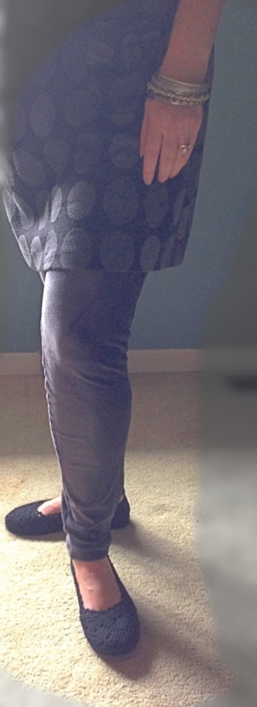 GrayOutfitwithFlatsNononsense Style Made Easy: Rocking my leggings & tights from No nonsense
