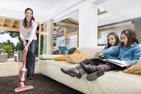 HomeCleaningFunWaystoGetYourKidsInvolved2copy Home Cleaning: Fun Ways to Get Your Kids Involved