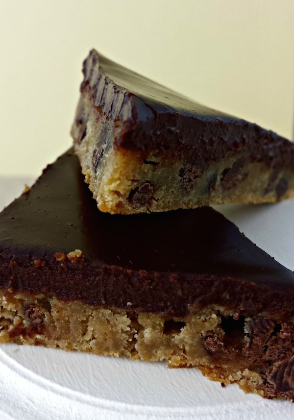 Chocolate Chip Cookie Bars with Chocolate Ganache Topping #recipe