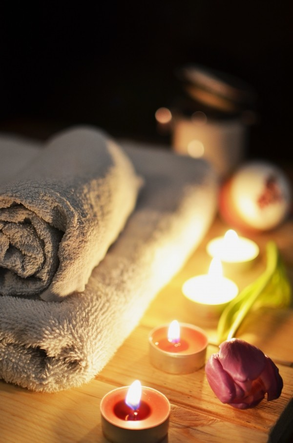 Valentine's Day date ideas DIY spa