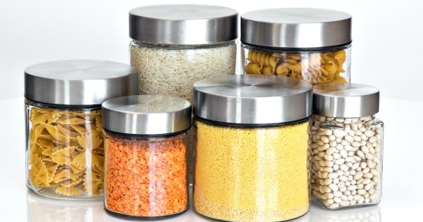 Less food waste using good food storage containers...