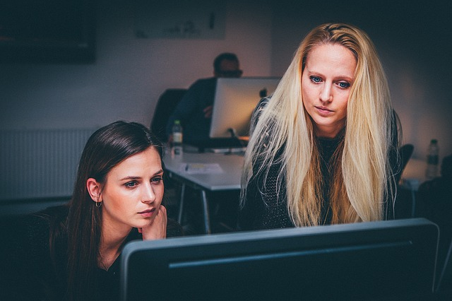 financial advantages and disadvantages of monitoring employees