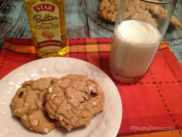 Oatmeal Raisin Cookies made with Star buttered flavored olive oil from Walmart #STAROliveOil #shop #cbias