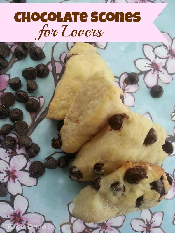 chocolate scones recipe for Valentines Day via Blog by Donna https://blogbydonna.com