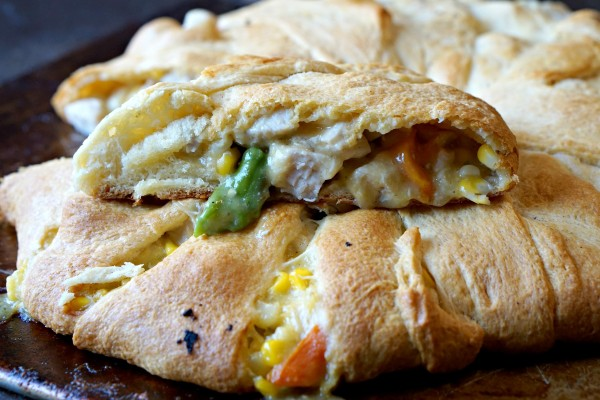 Chicken Pot Pie Crescent Ring Comfort Food with a twist