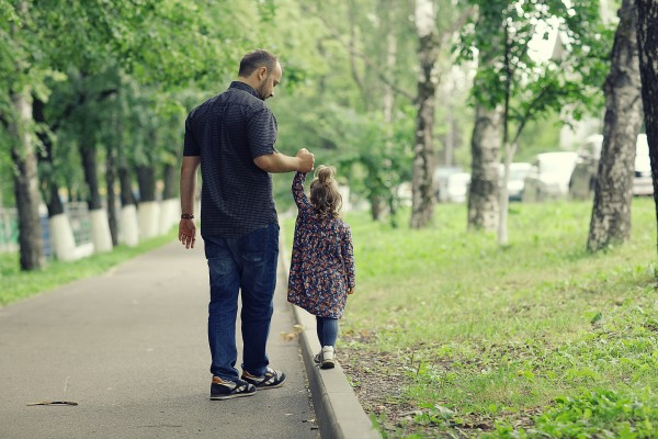 Ways to spend quality time with your kid - long walks or hikes
