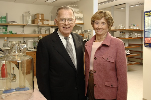 Jim and Virginia Stowers American Century Investments and the Stowers Institute for Medical Research