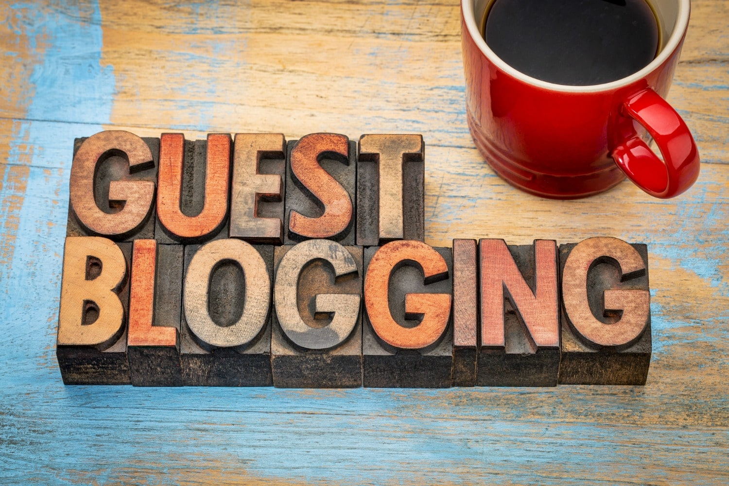 Grow your blog's audience through guest blogging