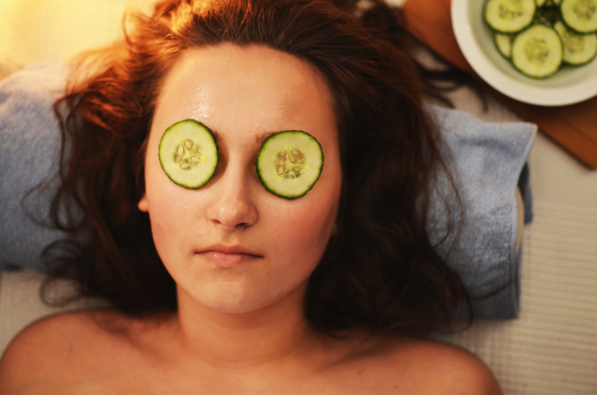 Turn back the clock, how to achieve a youthful appearance on a budget