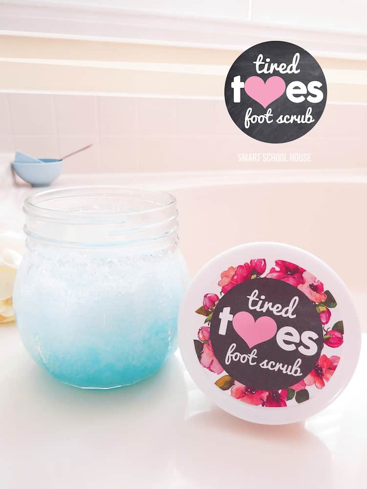 DIY beauty products - Tired Toes Foot Scrub wit Listerine