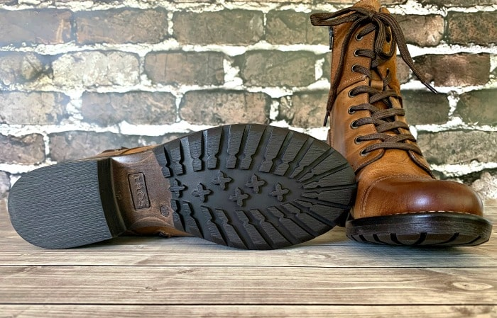 Taos boots